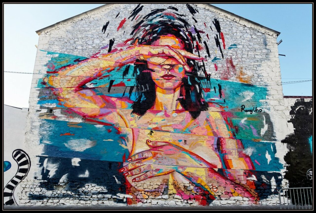 ... like nudity, like colors. Art by Remy Uno in Marseille, France #StreetArt #Art #Nudity #Colors #Graffiti #Mural #UrbanArt #Marseille https://t.co/voooYnyEC8